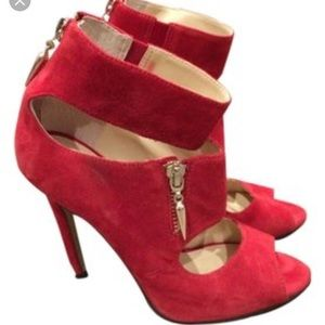 Saks Fifth Avenue Black Label Shoes - Red Enzo Angiolini heels!