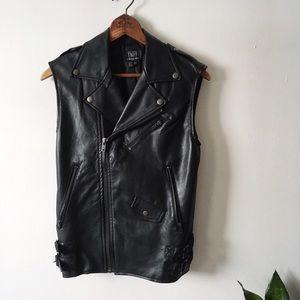Tripp nyc Jackets & Blazers - Tripp Nyc Oversize Moto Vest