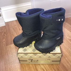 Tundra Other - Tundra baby snow boots