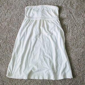 17 Sundays Dresses & Skirts - Strapless braided flowy off white dress