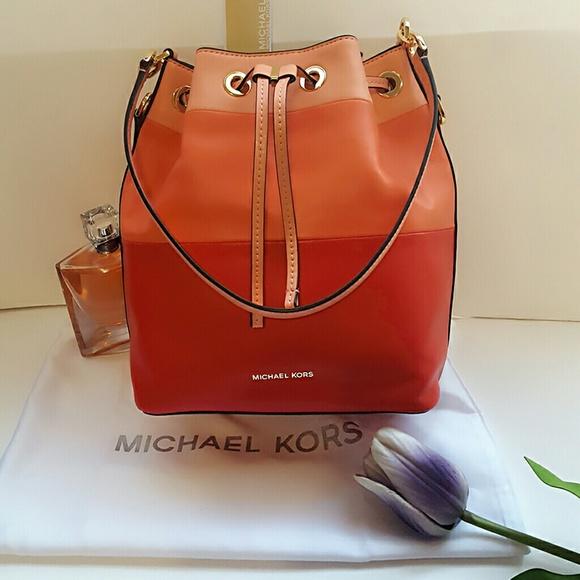9ab042ec64f5 SALE Michael Kors Large Dottie Leather Bucket Bag