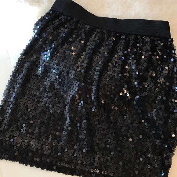 Kenar Skirts - Black sequin skirt