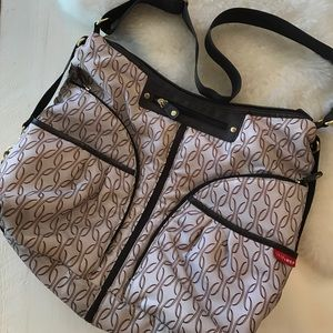 Skip Hop Handbags - Skip Hop Versa diaper bag
