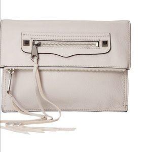 Rebecca Minkoff Handbags - 🎉SALE🎉Rebecca Minkoff Small Regan Clutch