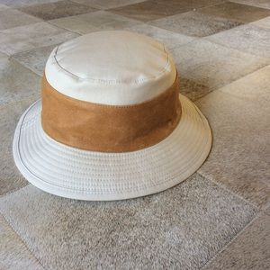 Hermes Accessories - AUTH Hermes Canvas and Leather Bucket Hat 58cm