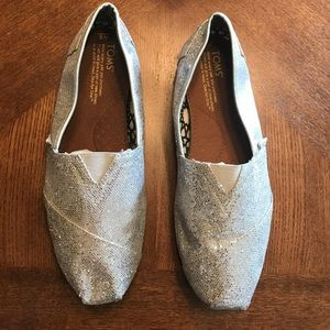 TOMS Shoes - TOMS Silver Sequined Shoes SIZE 8