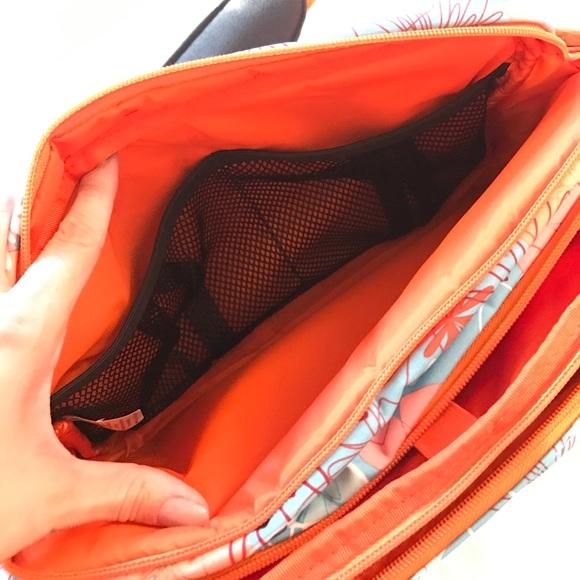 JuJuBe Bags - JuJuBe diaper bag