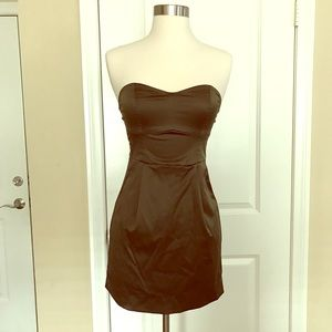 Dresses & Skirts - Olive color satin sweetheart mini dress (s)