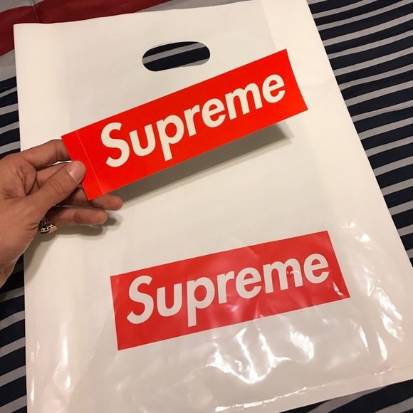 01ff5342f529 Authentic supreme Sticker and bag. M 58c3457a13302ae53502097d. Other  Accessories ...