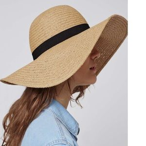 Haute Ellie Accessories - 🆕 Camel Boho Floppy Wide Brim Packable Straw  Hat