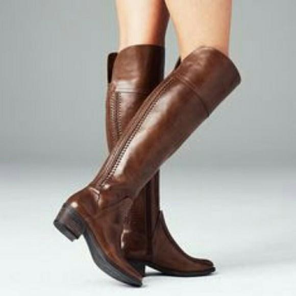 de0c35f98f5 New Vince Camuto Knee Boots