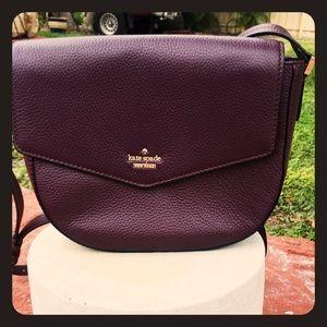 kate spade Handbags - BRAND NEW kate spade wine crossbody bag