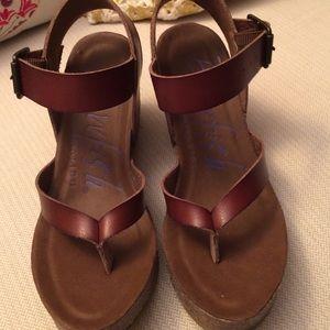 Blowfish Shoes - Blowfish 6.5 wedge new
