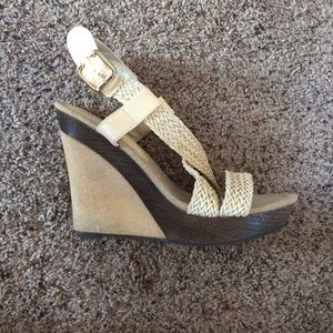 Bacco Bucci Shoes - Cream brown platform wedges 7.5 the Buckle