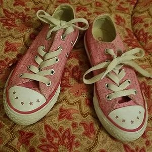 Converse Other - Super cute girls converse shoes size 11