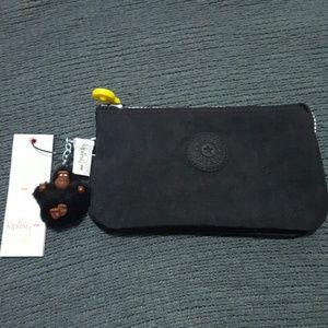 Kipling Handbags - 🎀NEW🎀Kipling pouch