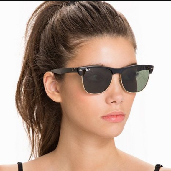 017a981effd RAY-BAN Clubmaster Oversized. M 58c36f22c6c795581504fcc1