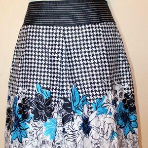 Petite Sophisticate Dresses & Skirts - PETITE SOPHISTICATE a line work skirt