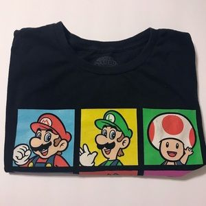 Nintendo Other - 🔵 Super Mario Bros. Graphic T-shirt Large