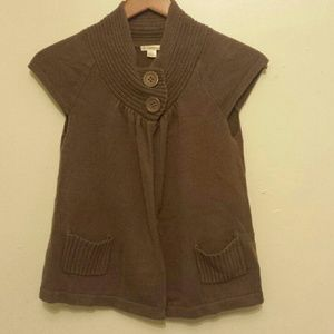 Women's Brown Xhilaration Short Sleeve Sweater on Poshmark