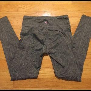 Onzie Pants - Gray athleisure leggings