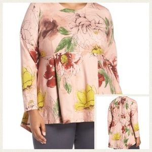 Melissa McCarthy Tops - NWT plus size stretch long sleeve floral peplum