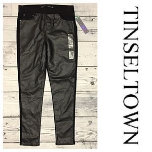 Tinseltown Pants - Tinseltown Black Skinny Front Faux-Leather Pants ✨