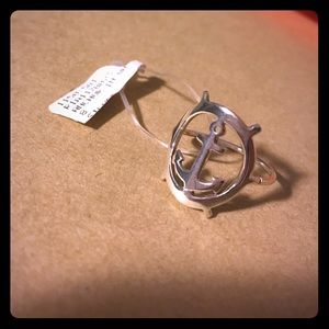 Jewelry - Anchor ring size 8