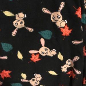LuLaRoe Pants - NWT OS LuLaRoe Bunny Leggings (black)