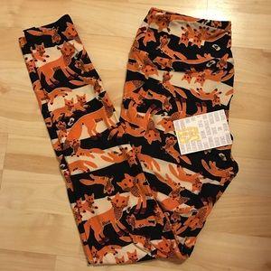 LuLaRoe Pants - NWT OS LuLaRoe Fox Leggings