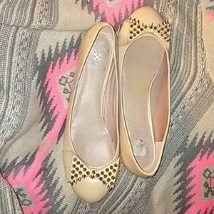 Vince Camuto spiked bow flats