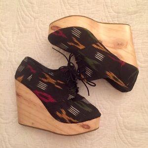 Deena & Ozzy Shoes - Deena & Ozzy black tribal wedges