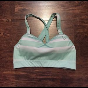 Nike Other - Brooks sports bra