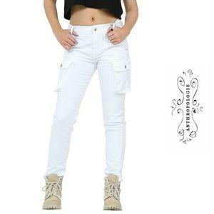 Anthropologie Pants - ANTHROPOLOGIE BELLA DAHL SKINNY WHITE CARGO PANTS