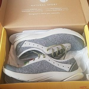 Natural Steps Shoes - NWT shoes