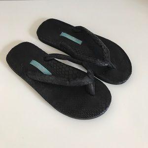 cbaca075a5b4a9 Mella Shoes - Mella Flip Flops