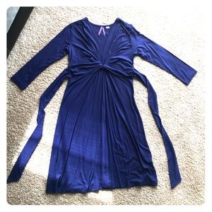 Seraphine Dresses & Skirts - Seraphine maternity dress NWOT