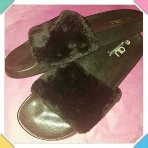 Shoes - Sandals/Slippers, Size 13M