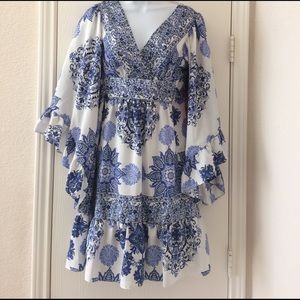 Betsey Johnson Dresses & Skirts - Betsey Johnson Festival Bell Sleeve Dress Size  4