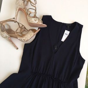 Ann Taylor Dresses & Skirts - Ann Taylor navy dress.