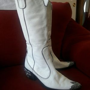 Shoes - ERIC MICHAEL WHITE COWGIRL BOOTS 7