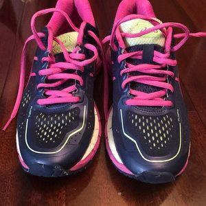 Asics Shoes - Asics gym shoes!