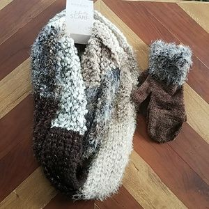 Sonoma Accessories - NWT Infinity Scarf/Gloves