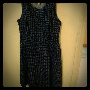 Merona fit and flare dress navy houndstooth print
