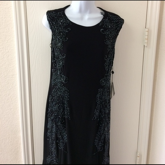 Adrianna Papell Dresses & Skirts - Adrianna Papell Bead Black Dress Gown Size 8
