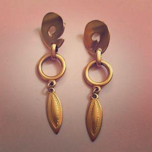 Vintage Jewelry - Vintage Gold Dangle Statement Leaf Earrings