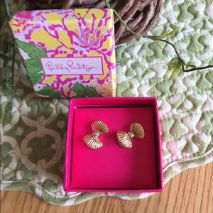 Lilly Pulitzer Bow earrings 