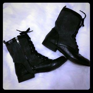 Black Poppy Shoes - Black Combat Boots