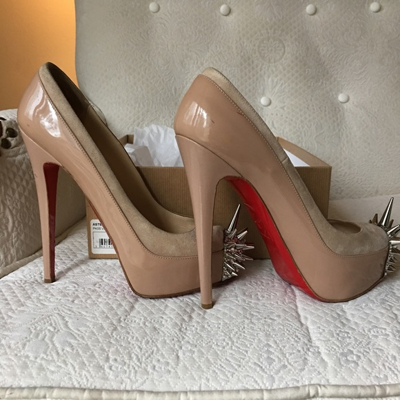 e19a6e561bb Christian Louboutin Asteroid Pumps 39 Nude
