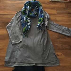 GUC Old Navy Lightweight Gray Sweatshirt - XL